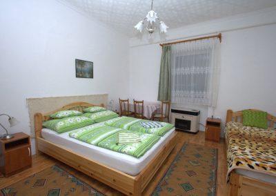 Bukkalja_apartman_szilvasvarad_egyszobas_szoba2_2